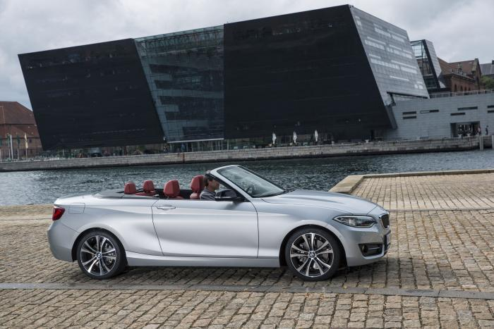BMW 2 Series Convertible side
