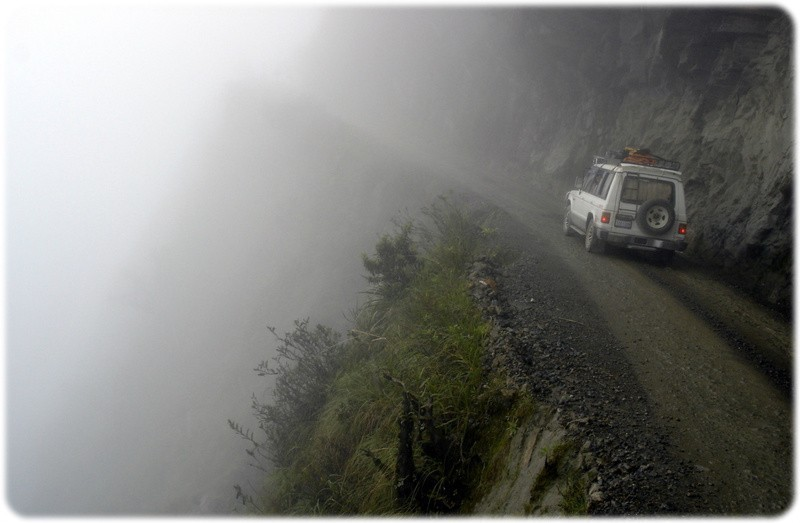 bolivia north yungas road