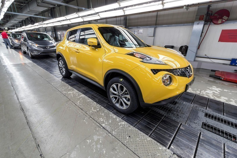 nissan juke factory production line